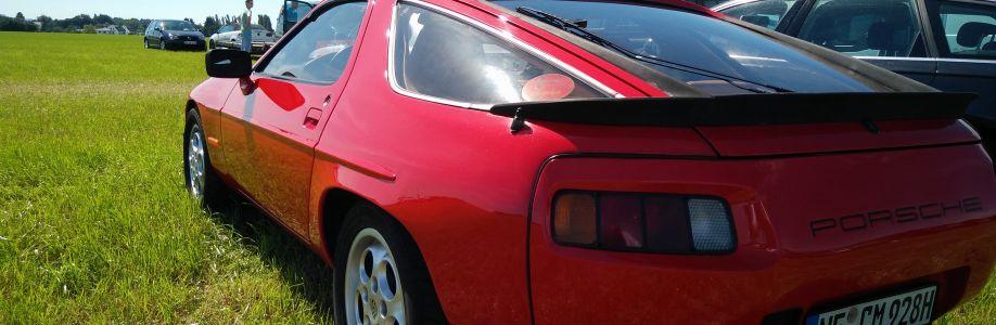 Porsche 928S 1980 Cover Image