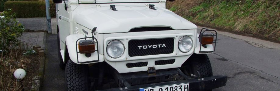 Toyota Land Cruiser BJ42 Cover Image